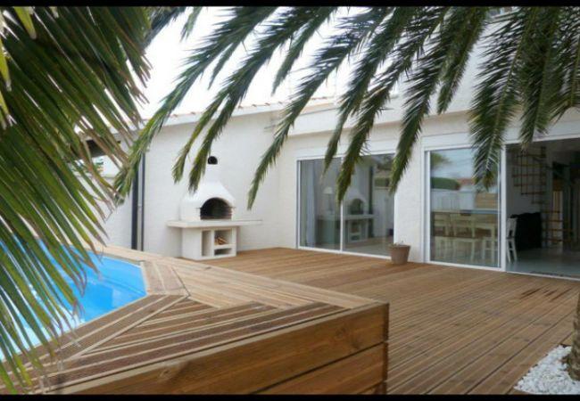 EMPURIABRAVA: Casa con piscina privada para 8 personas