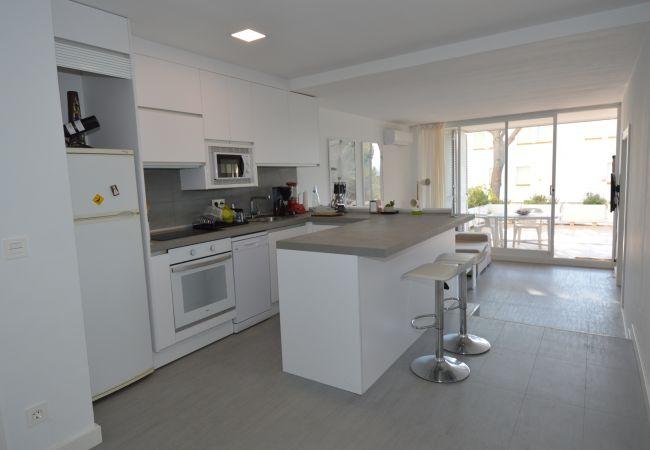 Apartamento en Platja d´Aro - IPDAAR02- Planta baja con gran terraza